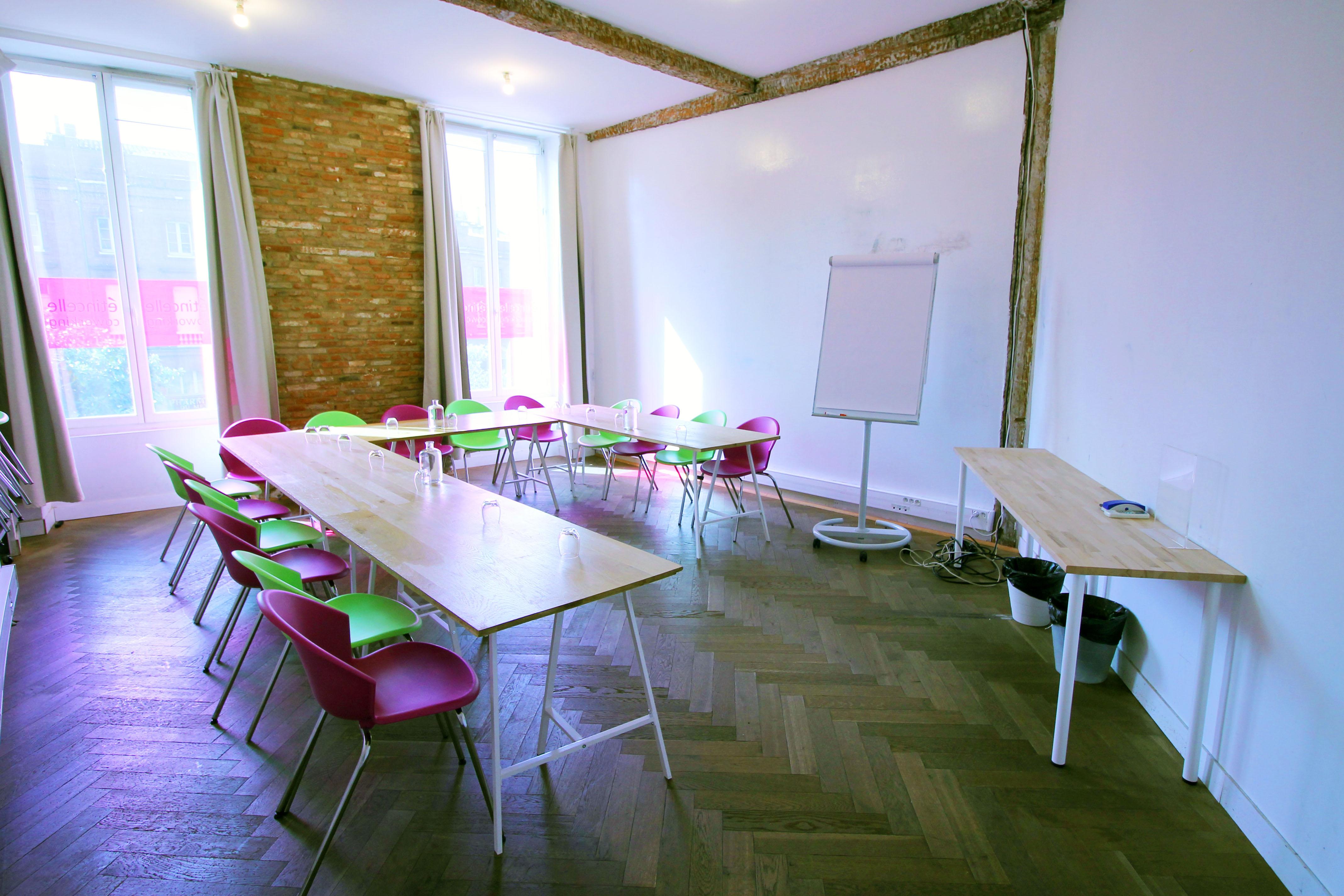 Configuration pour une réunion avec beaucoup de protagonistes